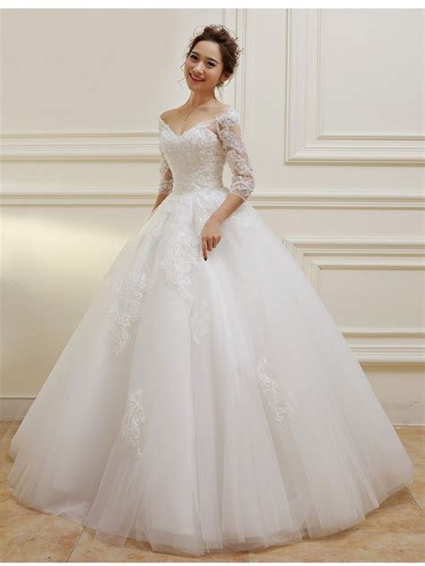 3/4 Length Sleeves V Neck Lace Wedding Dresses Bridal