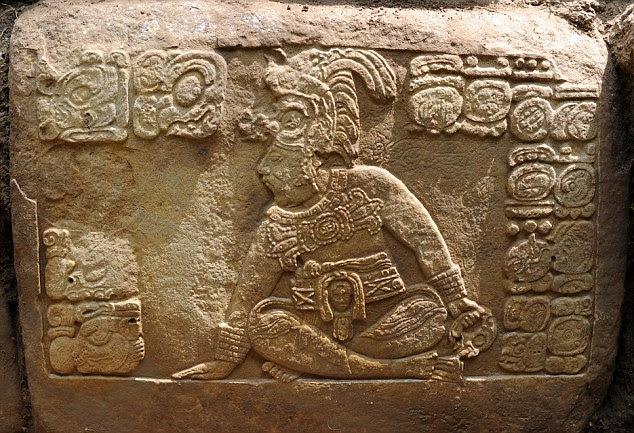 A descoberta foi descrita como a mais significativa descoberta hieroglífica em décadas