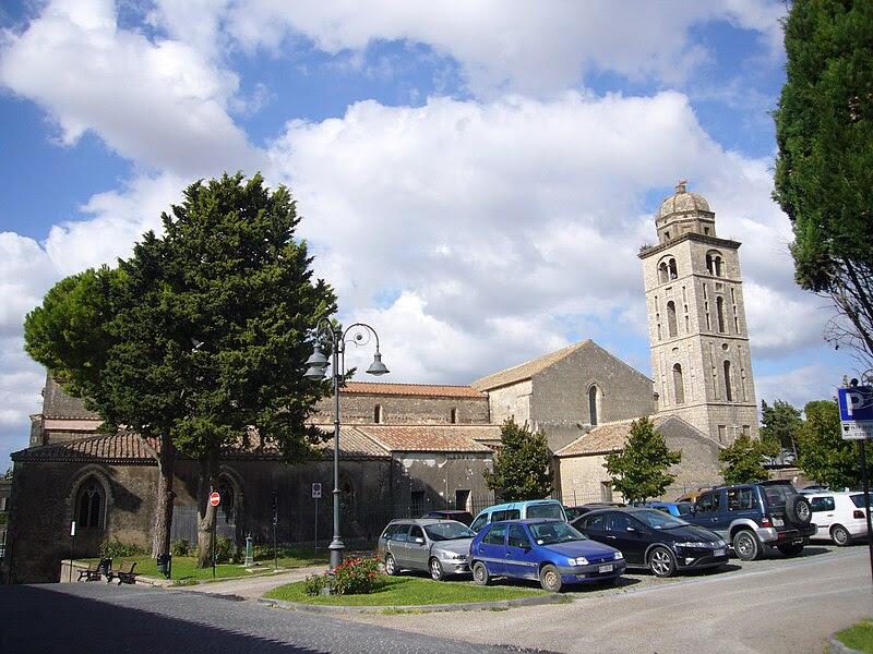 Fil: Tarquinia - s Francesco 1180386.JPG