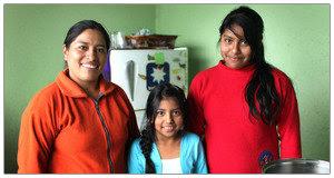 fair-trade-mothers-day-Elvia-Almachi-2