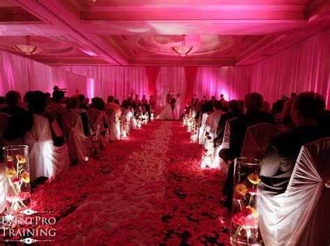 Hot Pink and Black Wedding Decorations   Hilton Hotel
