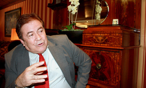 """Ángel Gimeno, el rival socialista de Tomás Gómez: """"Hay que echar a Zapatero"""""""