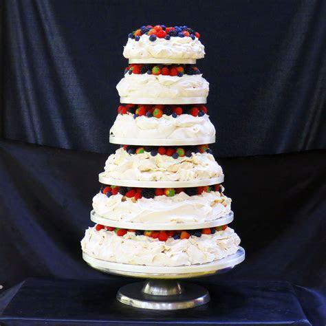 Pavlova Wedding Cakes