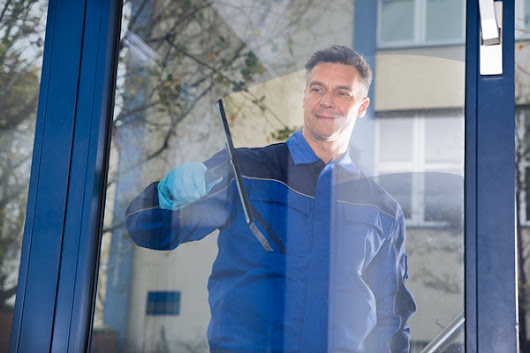 Window Cleaning: Let Professionals Handle It For You