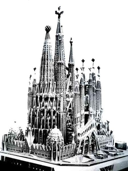 Arquivo: Sagrada Familia (maqueta) jpg.
