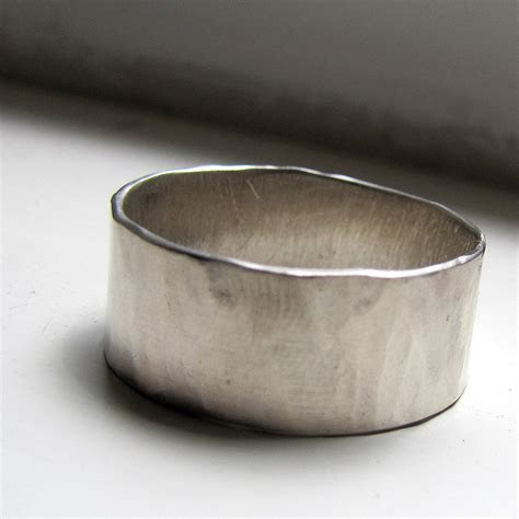 Rustic Plus Size White Gold Unique Wedding Ring For Men or