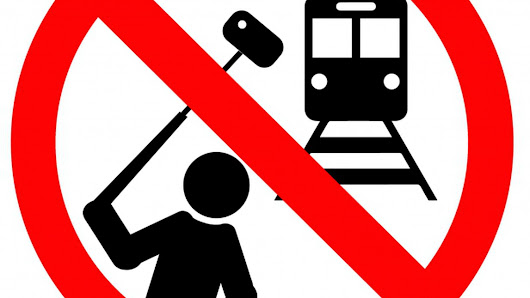 Mumbai creates no-selfie zones to prevent people from killing themselves