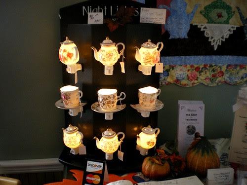 Teatime night lights*
