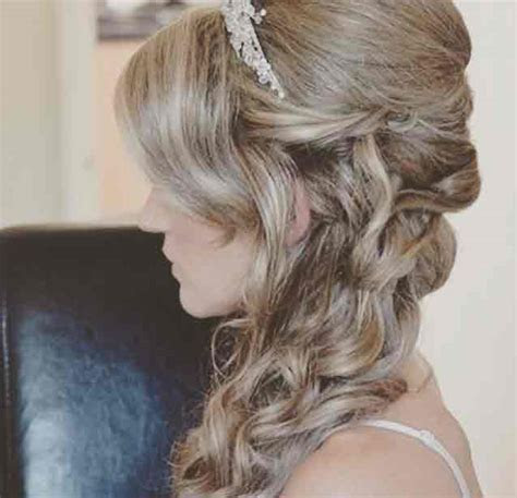 The best wedding hair inspiration on Instagram   Photo 1