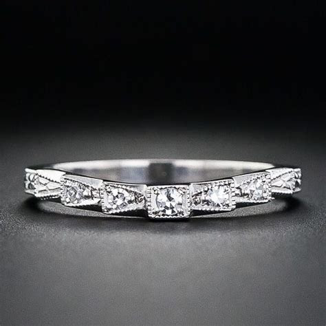 This is a perfect wedding band for Art Deco or vintage