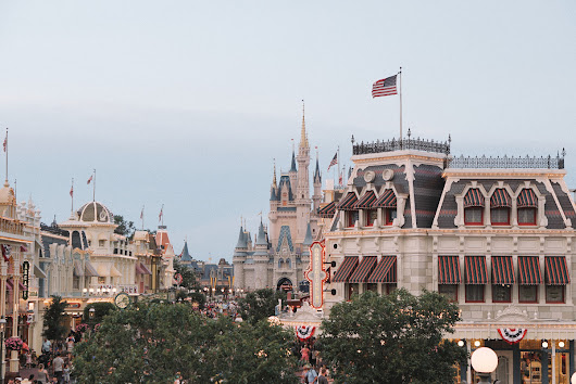 Living your Disney Dream in Orlando - sweet/escapes