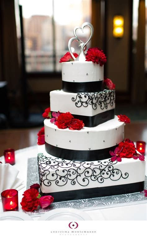 Best 25  Red square shaped wedding cakes ideas on