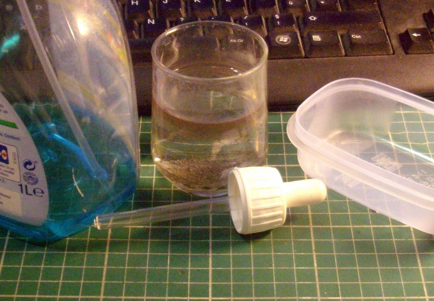 Tutoriel 5 Récupérer Un Vieux Pot De Peinture Acrylique Mikofone