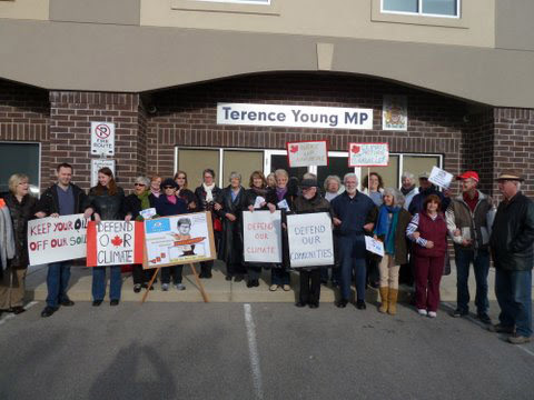 Defend Our Climate. Oakville rall