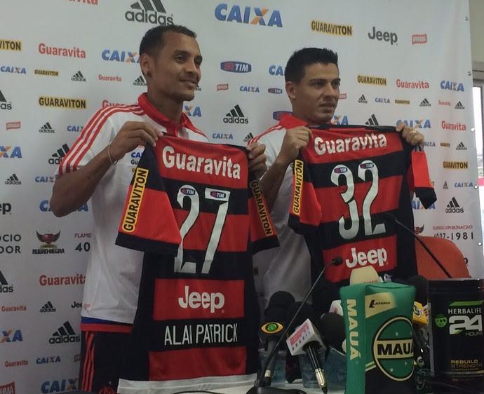 Alan Patrick e Ayrton apresentação Flamengo (Foto: Ivan Raupp/GloboEsporte.com)