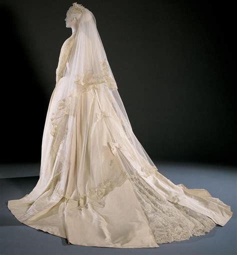 Wedding dress worn by Grace Kelly, designed by Helen Rose