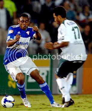 Obina foi o destaque do Palmeiras