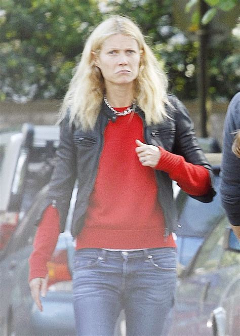 Gwyneth Paltrow shopping with monogrammed bag with Chris