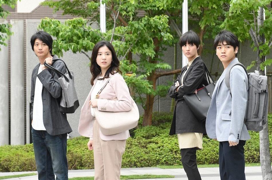 田中みな実、単色コートでも溢れるあざと可愛さ。新ドラマ
