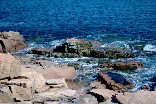 Atlantic Ocean meets the rocks