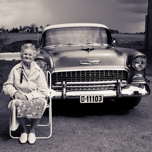 Lady and car by Lakris91