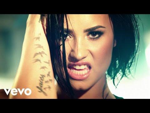 Demi Lovato - Confident (Videoclip)