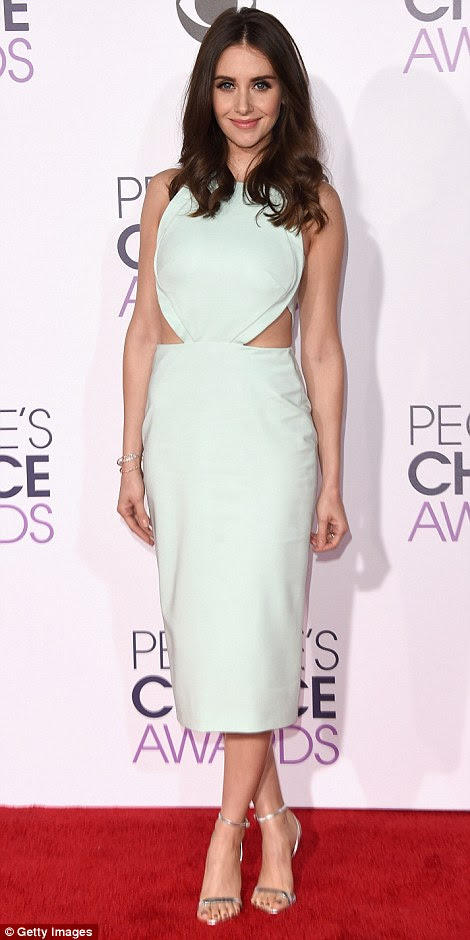 Beautiful brunettes: While Abigail Spencer (L) went for a dramatic ensemble, Alison Brie kept things a little more simple in aCushnie Et Ochs number