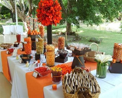 Candy bars and dessert tables!   Style Weddings & Events