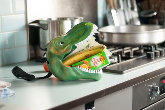 The Dino Case Is a T-Rex Protector of Your Lunch - Technabob