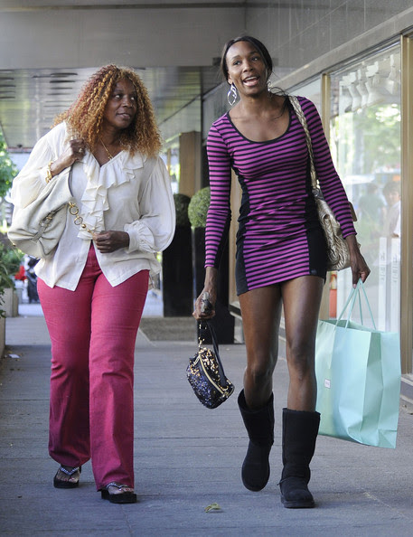Candids Christina Milan Venus Williams And Halle Berry 5 9