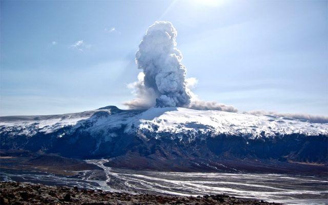 Vulcao Eyjafjallajökull