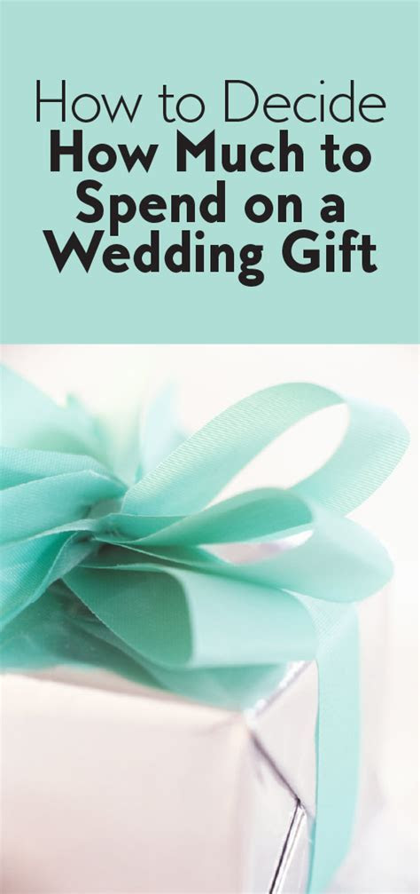 How Much to Spend on Wedding Gift ? Wedding Etiquette