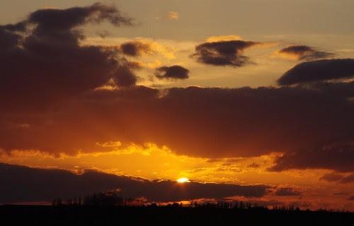 coucher de soleil sur le plateau du Hurepoix.