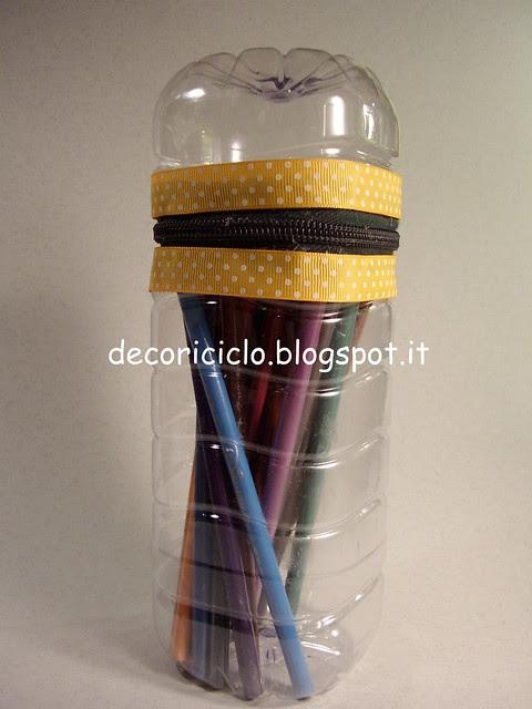 porta-matite bottiglia di plastica 2