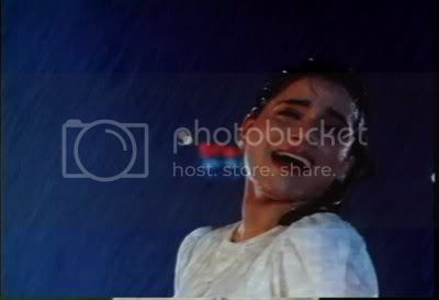 http://i347.photobucket.com/albums/p464/blogspot_images1/Kasak/PDVD_005.jpg