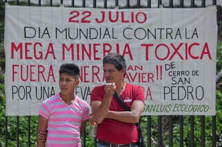 Organizaciones civiles exigieron en el Senado la regulación de las mineras. Foto: Octavio Gómez