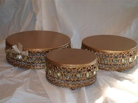 Gorgeous Gold Cake Stands for Sale : wedding Gold Cake