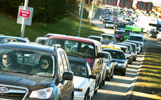 Here's What Time You Should Leave to Avoid Thanksgiving Traffic in Your City