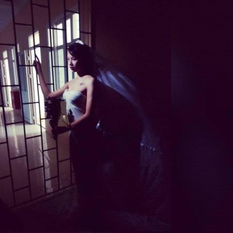 Hình ảnh Độc đáo váy cưới làm bằng màn tuyn số 1
