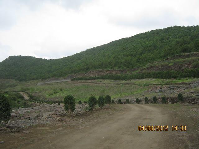 Cut, Demolished & Destroyed Hill of XRBIA Hinjewadi Pune - Nere Dattawadi, on Marunji Road, approx 7 kms from KPIT Cummins at Hinjewadi IT Park - 66