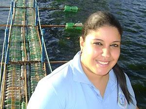 Dayanne Santos participa do projeto como voluntária (Foto: Karoline Zilah/G1)
