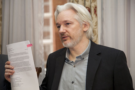 Julien Assange Releases a Statement Saying Wikileaks is Not Trying to Influence U.S. Elections | vianews