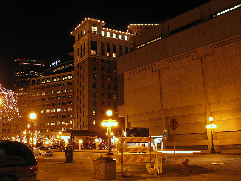 Night time view of the Saint Paul Hotel building in downtown St Paul.
