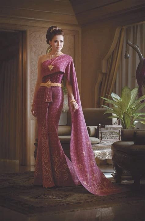 Best 25  Thai wedding dress ideas on Pinterest   Thai