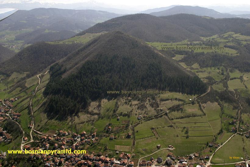 [Imagem: BosnianPyramidofSun.jpg]