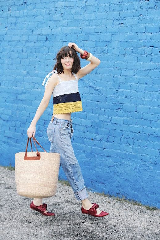 Le Fashion Blog Crochet Tank Vintage Jeans Bow Flats Tote Bag Via Sea Of Shoes