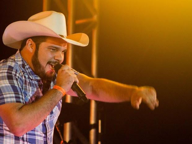 Cantor sertanejo Pedro Lima tinha de 20 anos e voltava de um show (Foto: Felipe Fotografias)
