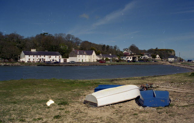 File:Red Wharf Bay, Anglesey - geograph.org.uk - 133042.jpg
