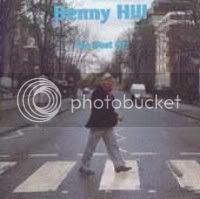Y, en fin, como rareza aquí tenemos el gran éxito de ¡¡Benny Hill!! ERNIE (THE FASTEST MILKMAN IN THE WEST), número uno en las listas británicas en 1971