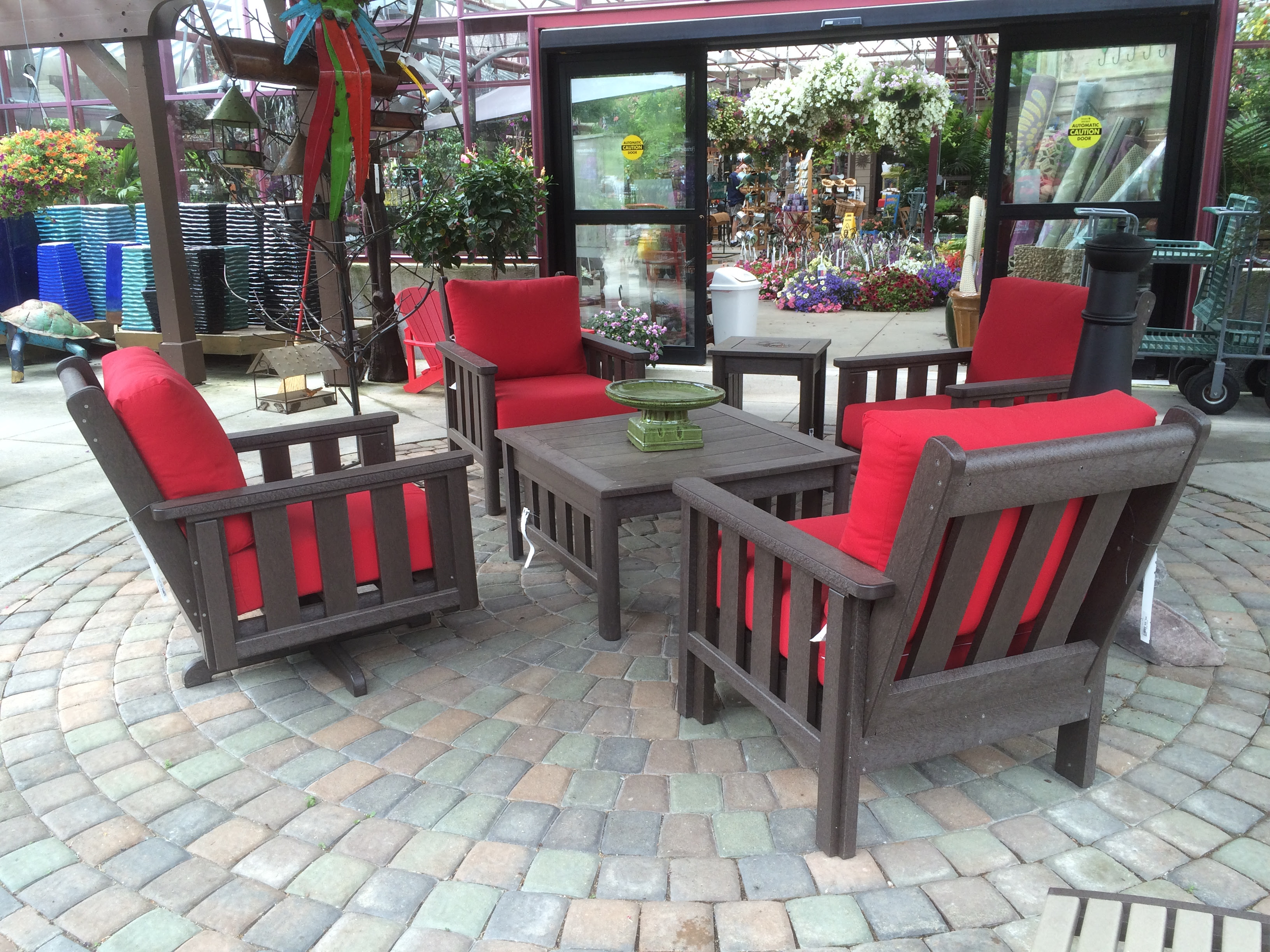 Outdoor Decor and Furniture - spruce up your outdoor ...